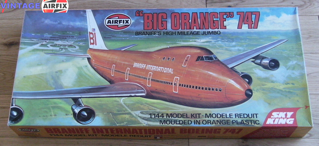 Boeing 747 - Braniff's Big Orange